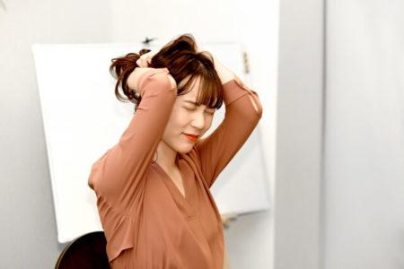 髪の毛 ワックス 寝る デメリット