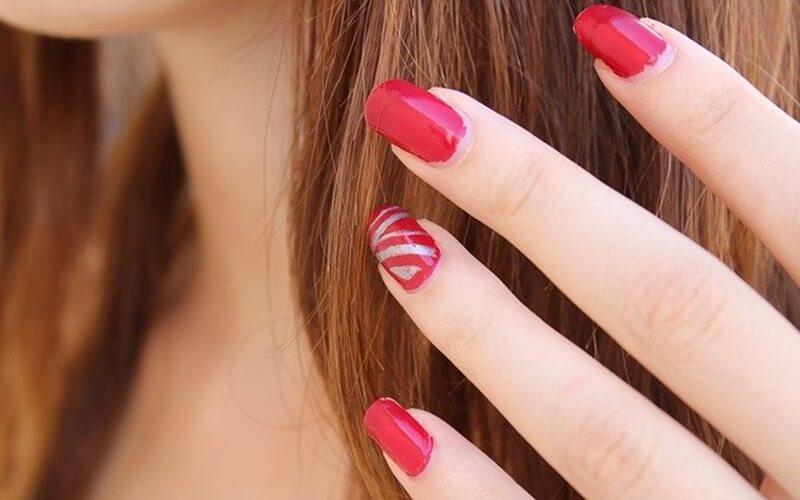 【爪が長い・割れた場合のシャンプー方法】ネイル対策アイテムを紹介